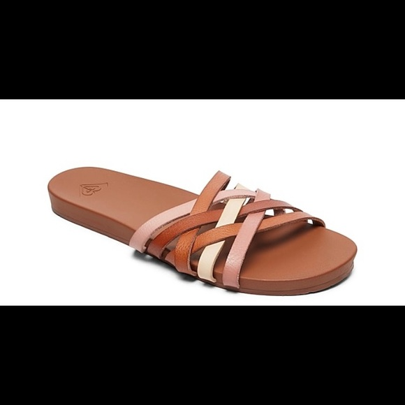 NWOT Roxy Birdine slip on sandals size 8
